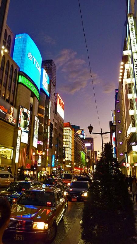 ginza at night tokyo japan 銀座