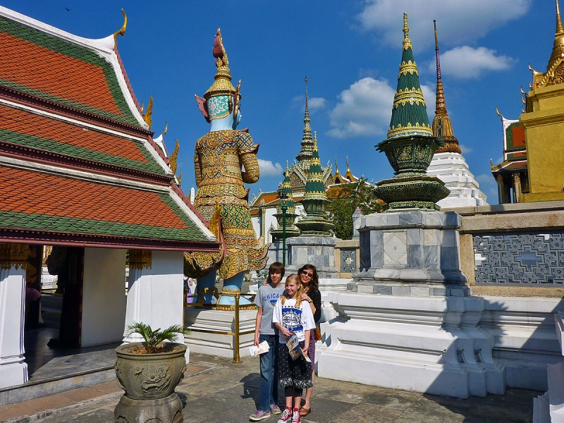 case family at Wat Phra Kaew bangkok thailand