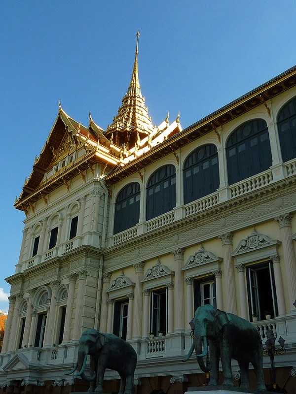 grand palace elephants bangkok thailand