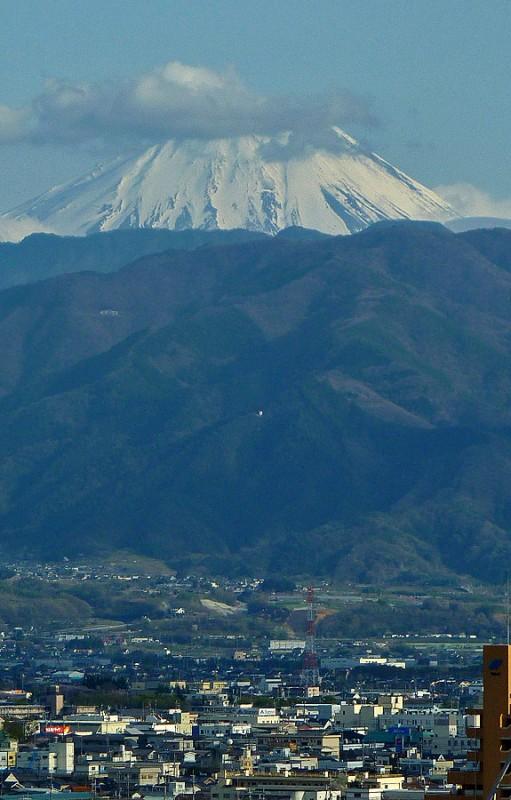 mt. fuji mount kofu yamanashi snow capped