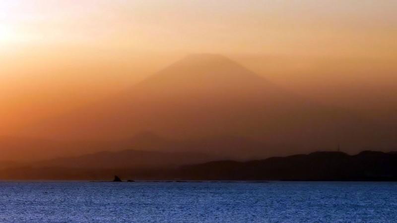 江ノ島からの富士山の景色