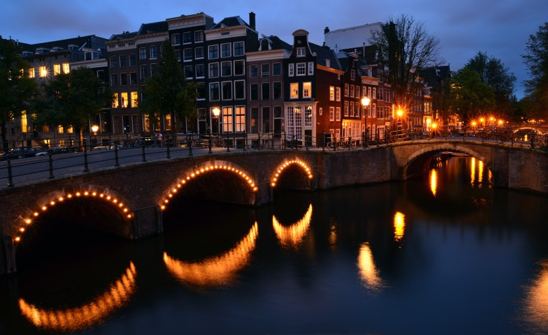 amsterdam holland netherlands night photo photography pictures