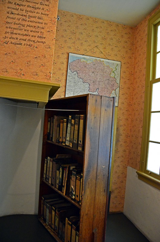 bookcase concealing secret annex