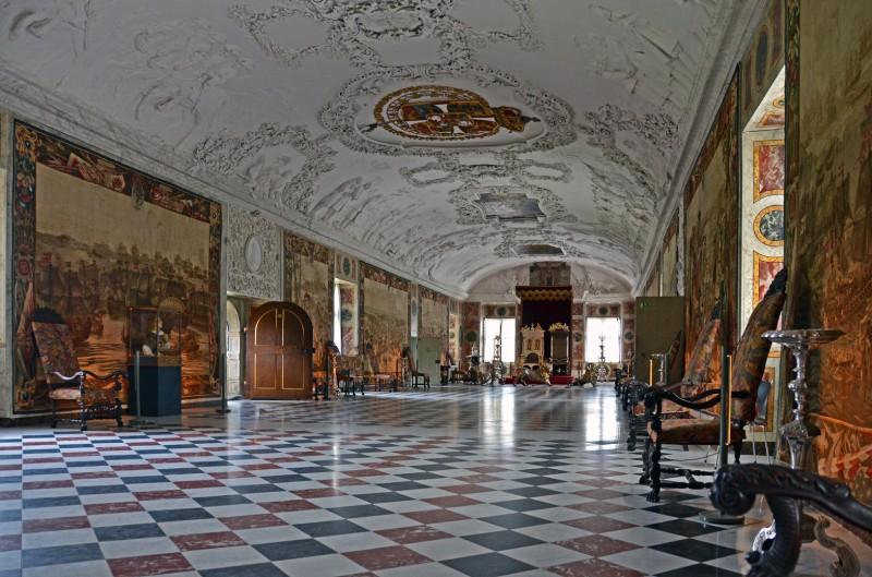 copenhagen rosenborg castle throne room slot