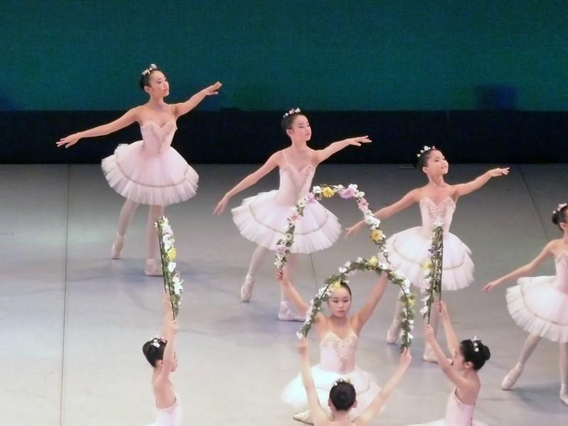 ballerinas japan girls female