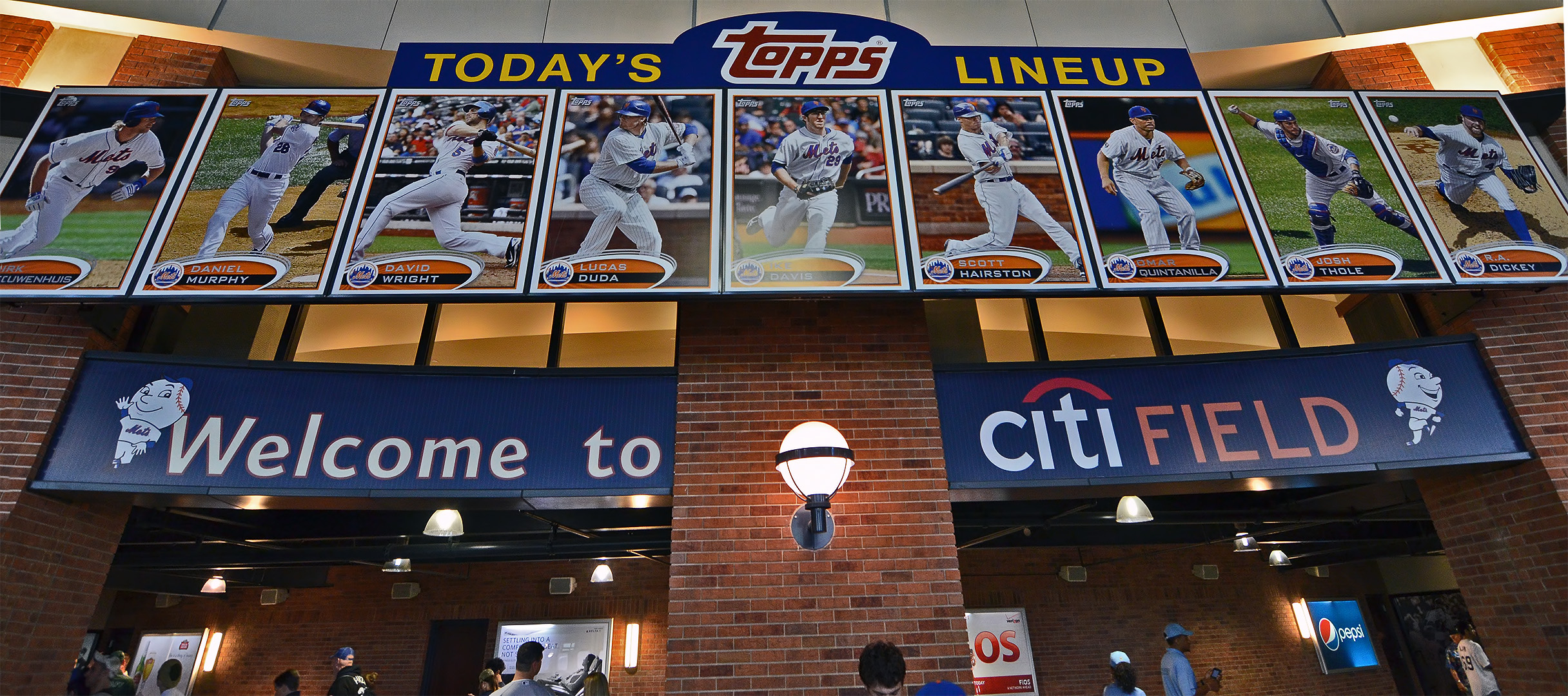 giant baseball cards topps new york mets citi field queens
