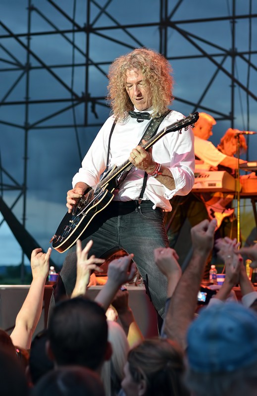 Bruce Watson playing for foreigner in oregon