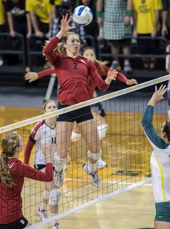Stanford University women's volleyball Carly Wopat action sports photography nikon d7000 nikkor 70-200mm lens f/2.8