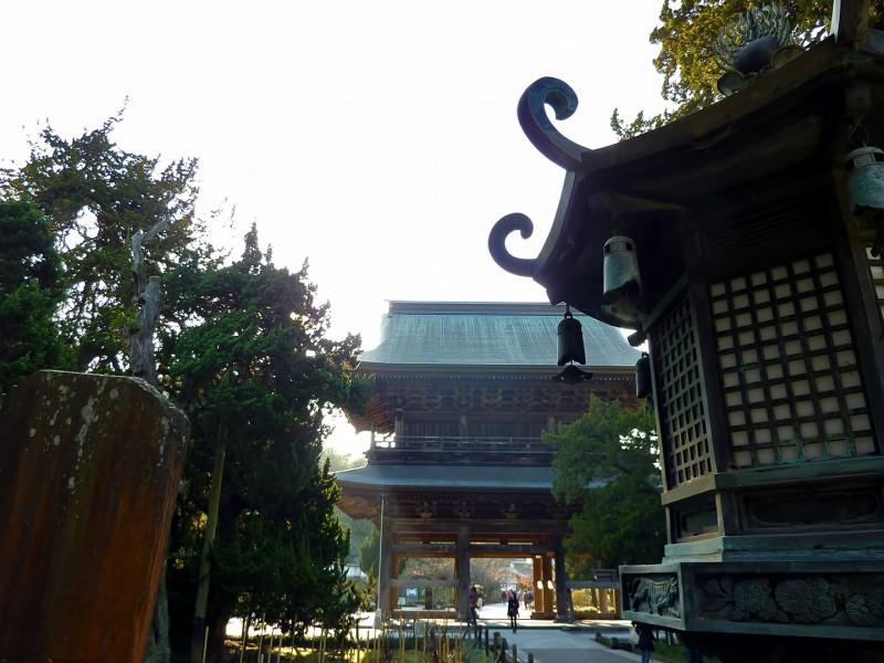 kamakura japan lantern temple kenchoji