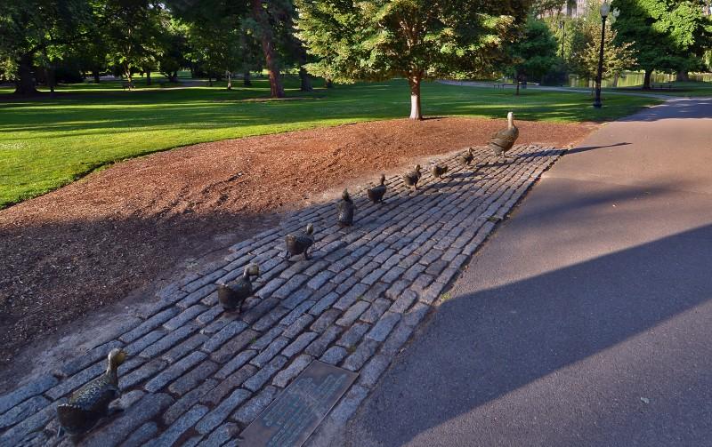make way for ducklings Public Garden Boston