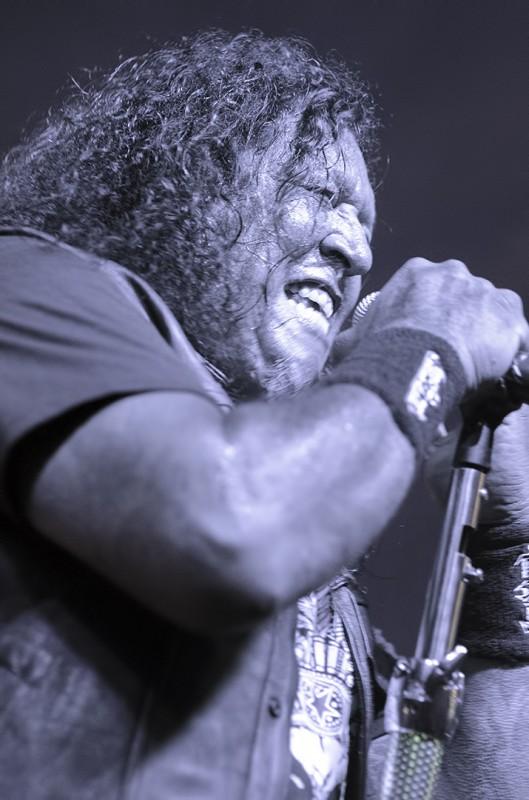 testament vocalist chuck billy
