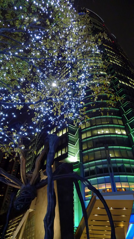 maman mori tower christmas lights Louise Bourgeois