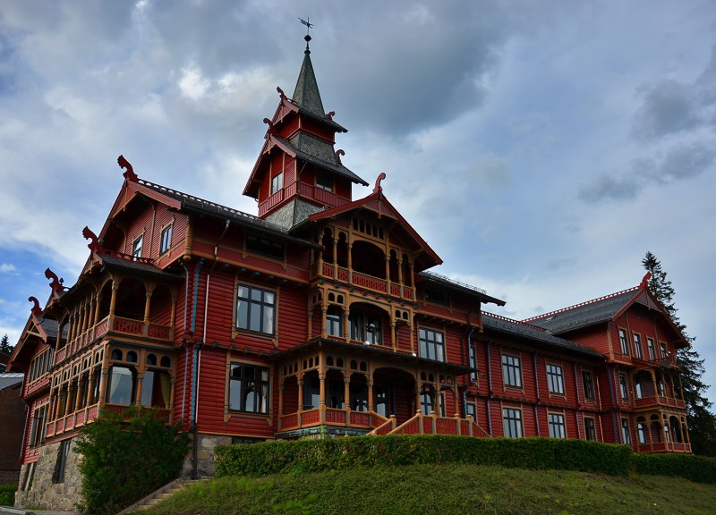 Holmenkollen Park Hotel  oslo norway