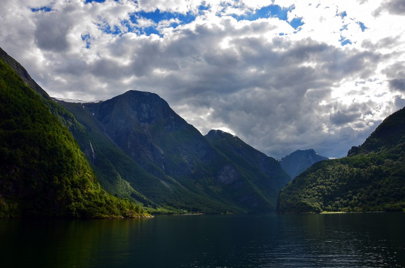 Naeroyfjord norway in a nutshell