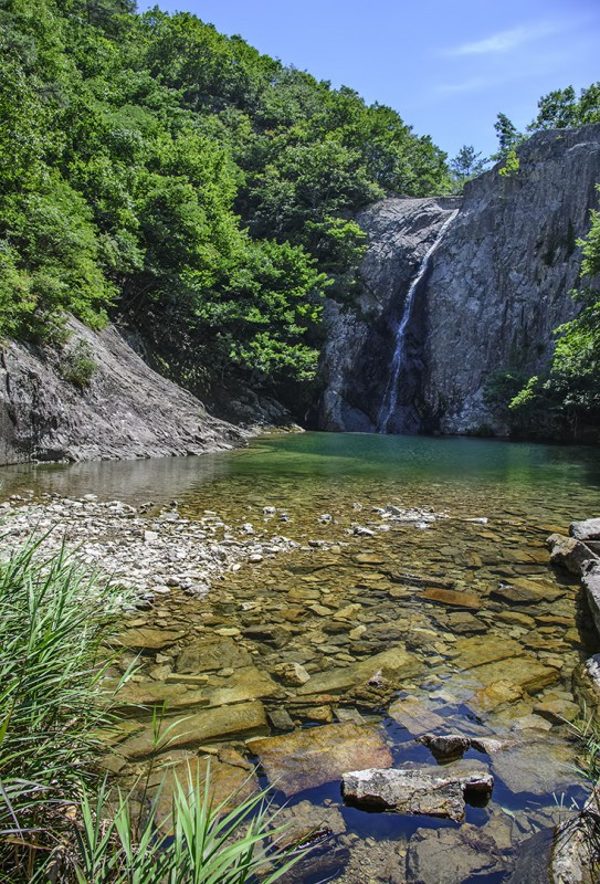 falls national park korea jikso