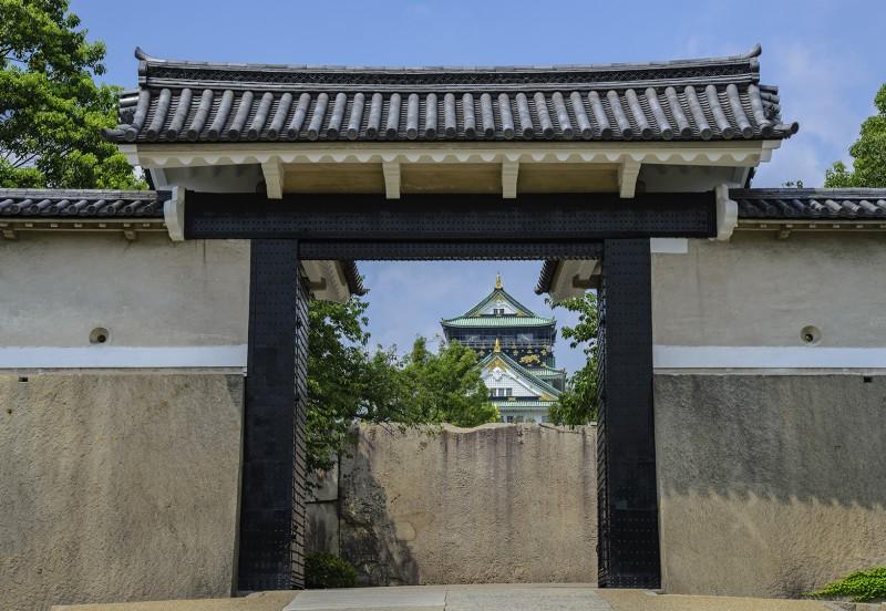 Sakura Gate 桜門 Sakura-Mon osaka castle gate