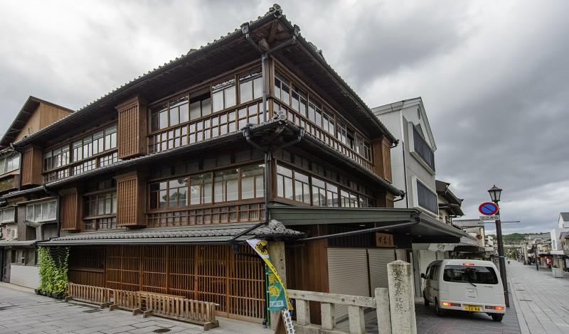 dazaifu tenmangu shrine fukuoka Dazaifu Tenman-gu 太宰府天満宮