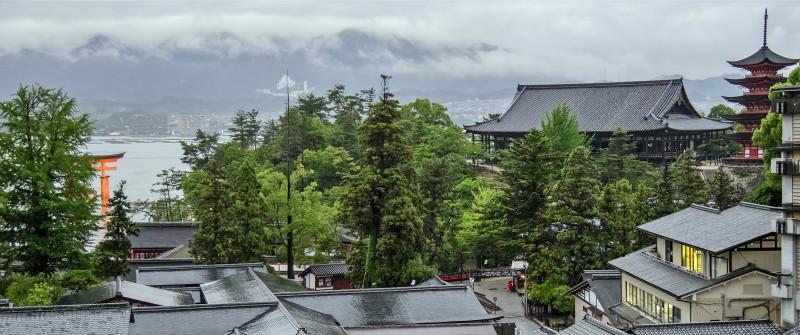岩惣 view from miyajima room iwaso