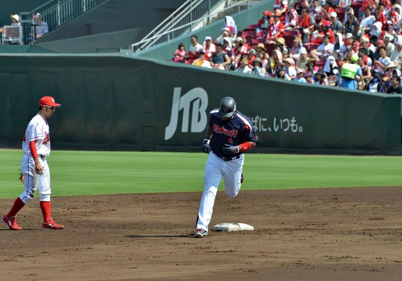balentin hiroshima home run