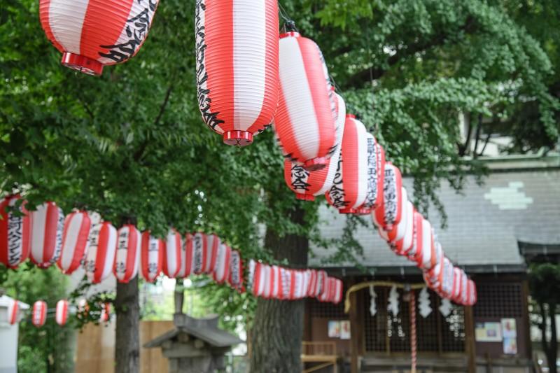 tenso jinja nishi waseda lanterns