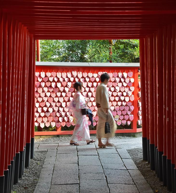 inuyama castle heart shrine torii tunnel