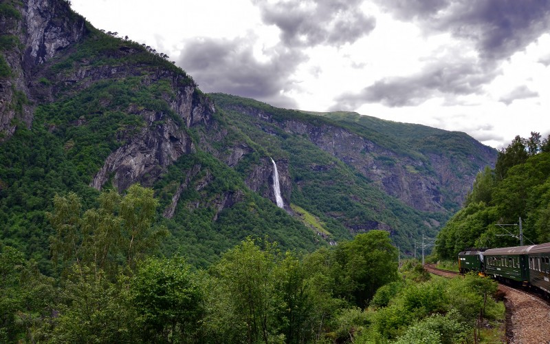 flam railway line waterfall