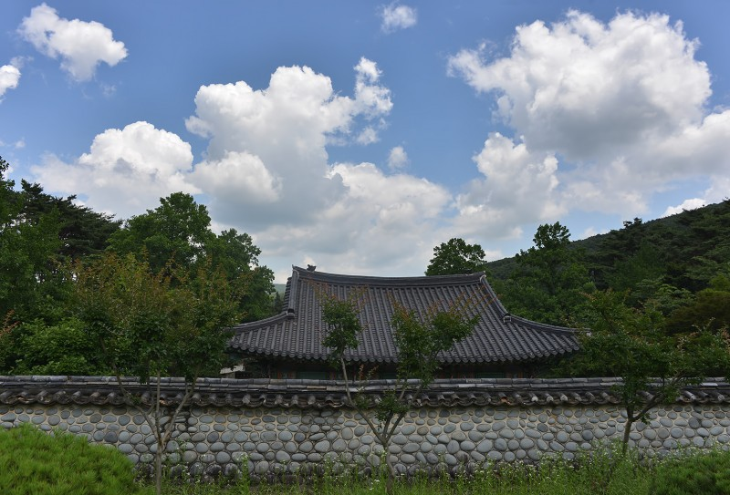 chungjangsa shrine mudeungsan