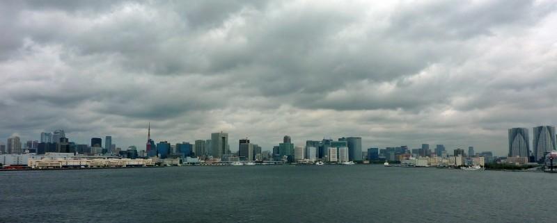 tokyo bay from rainbow bridge