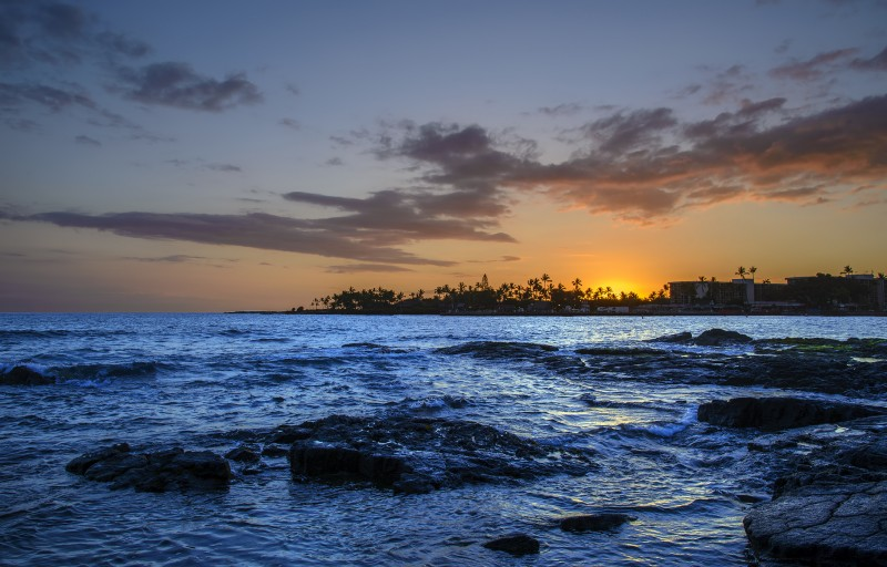 Hawaii big island King Kamehameha Kona Marriott Courtyard Hotel beach sunset