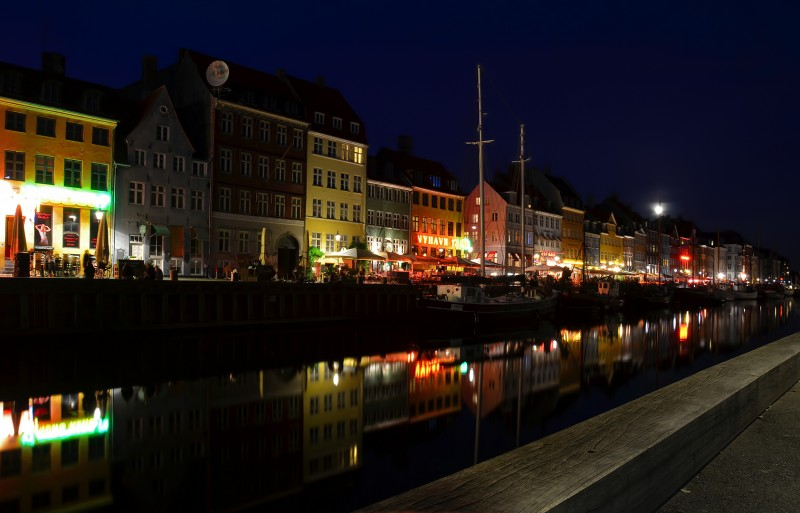 copenhagen after dark nyhavn