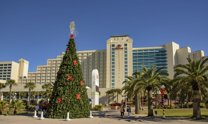 hilton daytona beach florida christmas tree sun