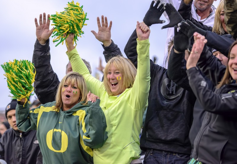 oregon ducks football fans