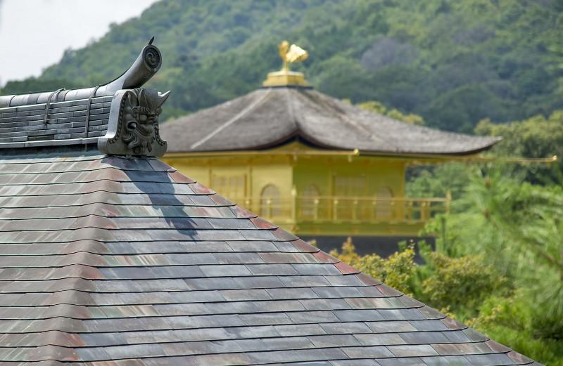 temple golden pavilion kinkakuji kyoto
