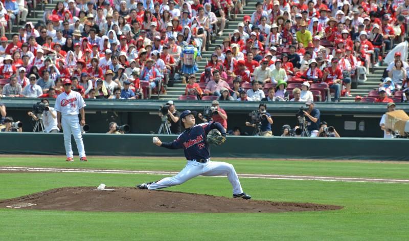 yasuhiro ogawa yakult swallows hiroshima baseball npb