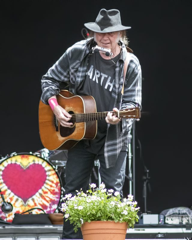 neil-young-roskilde-festival