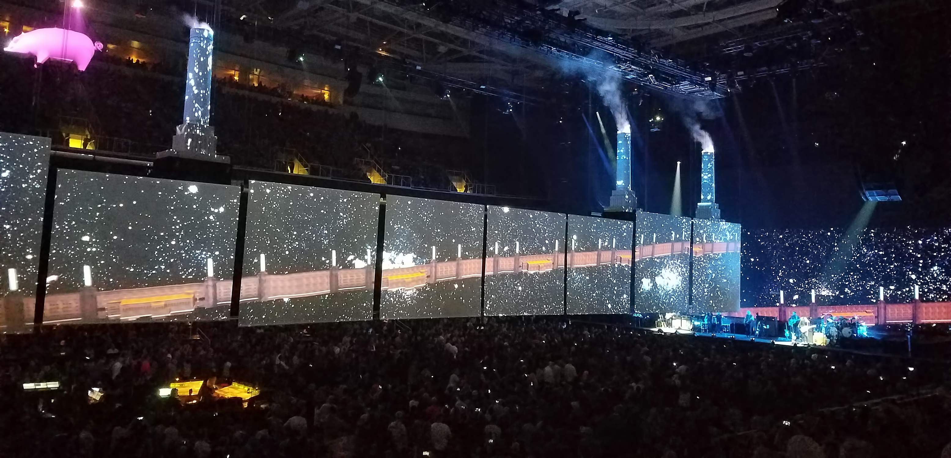 Us And Them Roger Waters Tour