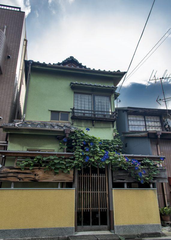 tokyo neighborhood yanaka japanese house