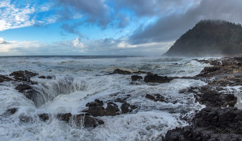 3-photo photomerge panorama thors well cape perpetua
