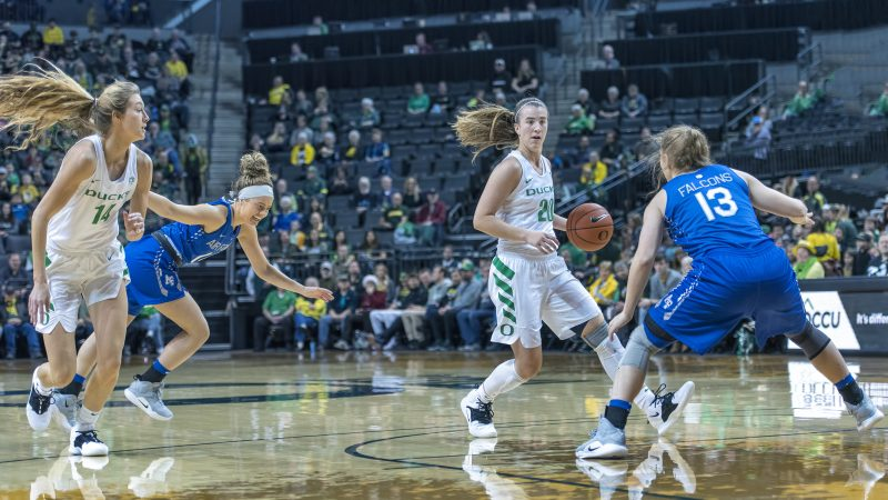 oregon womens basketball Sabrina Ionescu lydia giomi