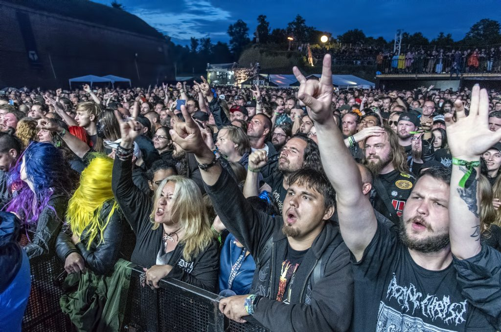 brutal assault rotting christ crowd