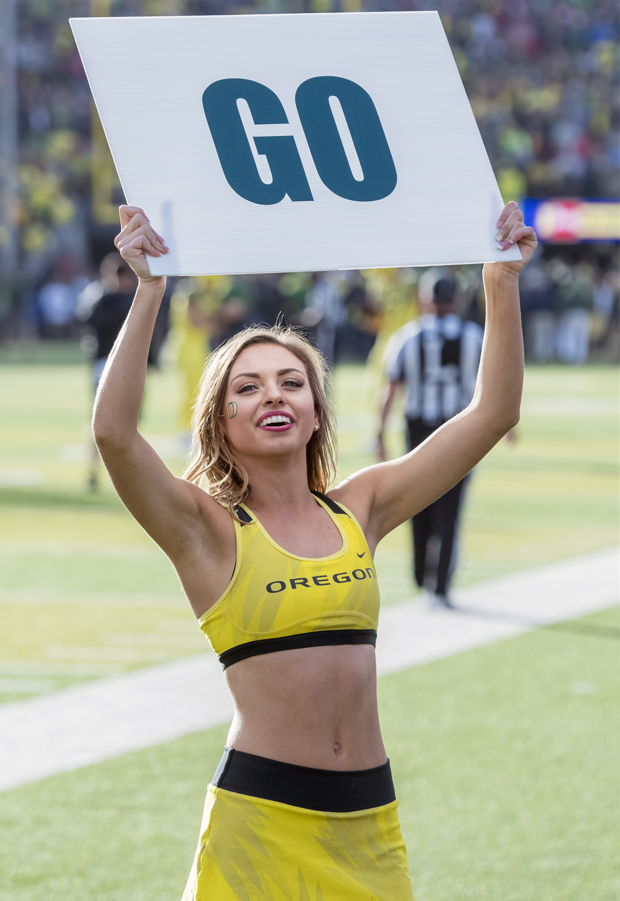 university of oregon ducks cheerleaders