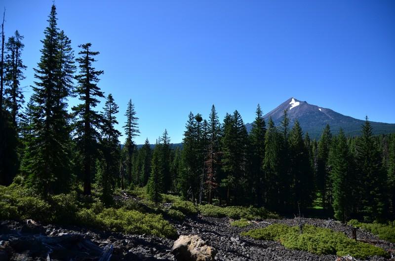 lava rocks southern oregon biking trails