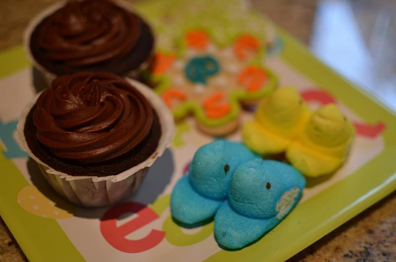 happy easter peeps cupcakes cookies