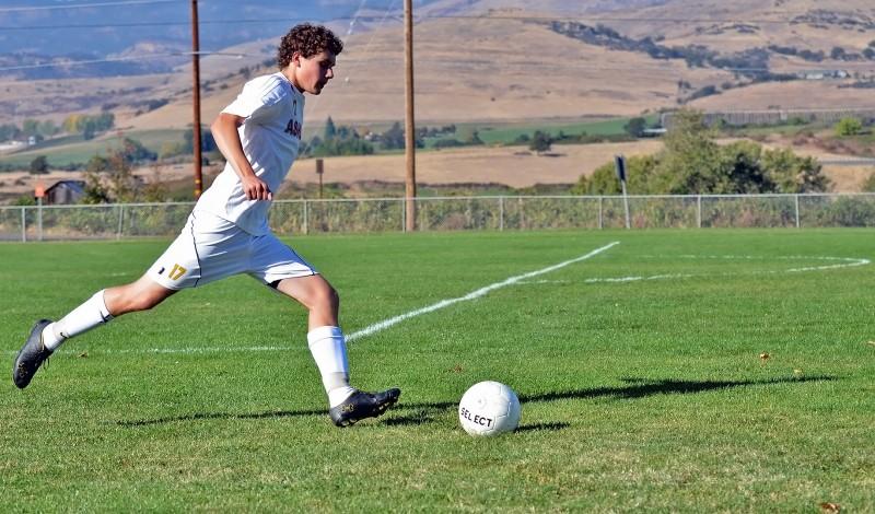 ashland high school oregon soccer boys middle school field
