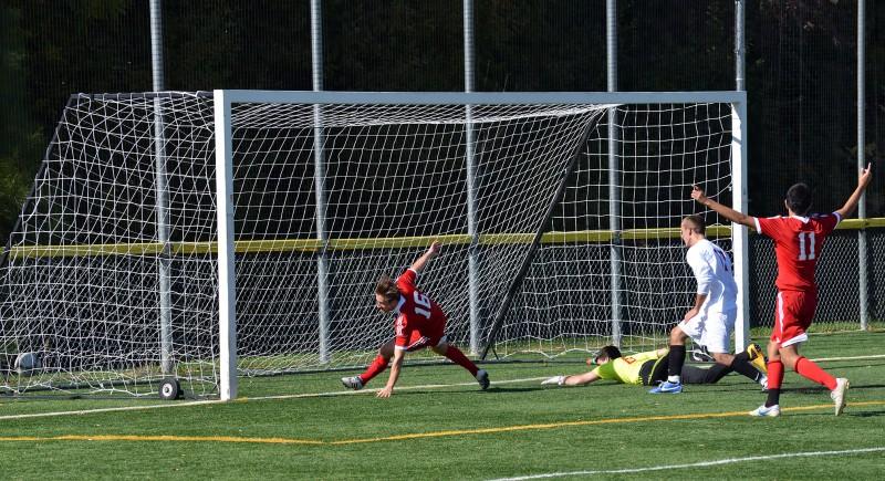13O_2127 SOU Men's soccer club