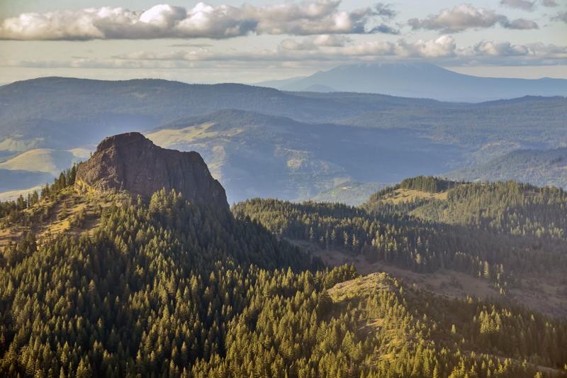 pilot rock mount mcloughlin aerial photography