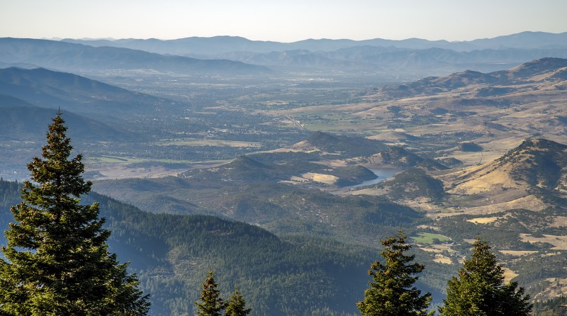 oregon california border soda mountain view of ashland rogue valley