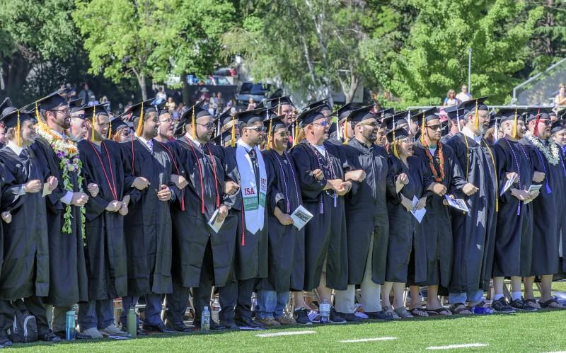 2015 sou commencement southern oregon university graduation