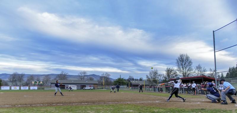 sou softball Megan Winton (1)