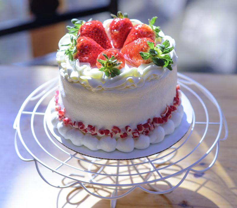 jolenes sweets cake ashland oregon